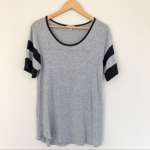 Gray T-Shirt Style Top w/Black Striped Sleeves M